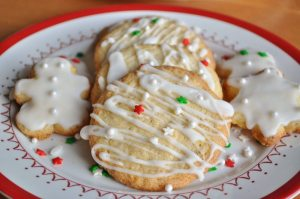 Iced and Decorated GF Lemon Almond Cookies